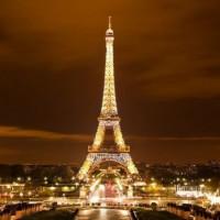 Увидеть Париж, не умереть, вернуться в Гамбург и сесть на карантин…