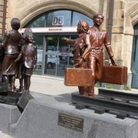 Памятники в Гамбурге — Поезд, увозивший к надежде