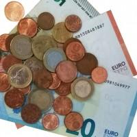Деньги – мусор